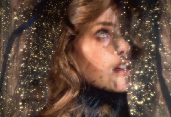 Съёмка: Юлия Занер в Fendi для Grey. Изображение № 4.