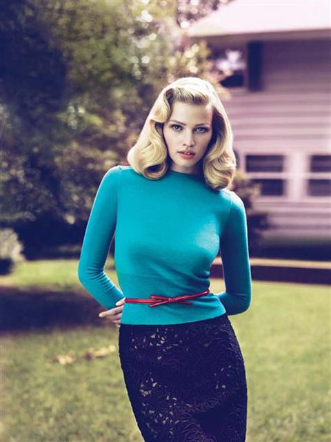 Lara Stone by Mert & Marcus for Vogue US September 2010. Изображение № 4.