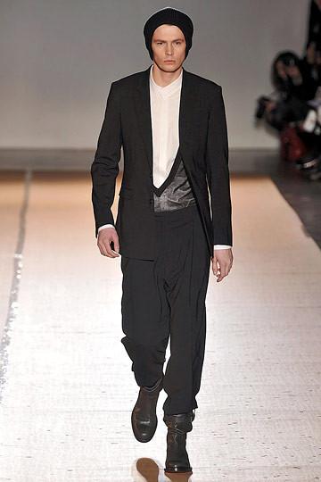 Неделя моды в Париже: мужские показы. Изображение № 96.