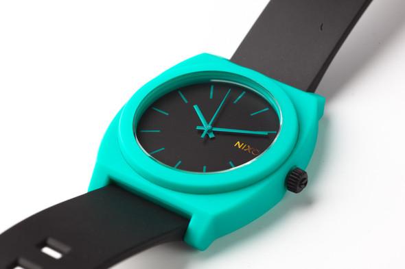 Финальная распродажа часовой марки NIXON.. Изображение № 17.