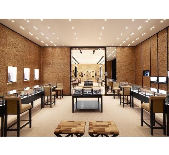 Новые магазины: Louis Vuitton в Риме, Chanel в Москве и Celine в Нью-Йорке. Изображение № 24.