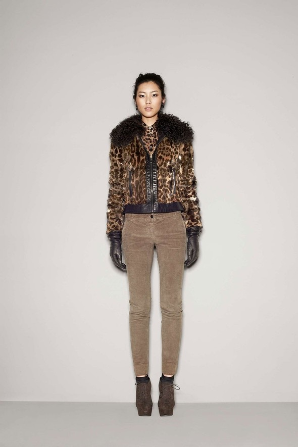 Лукбук: Dolce & Gabbana FW 2011 Women's. Изображение № 64.