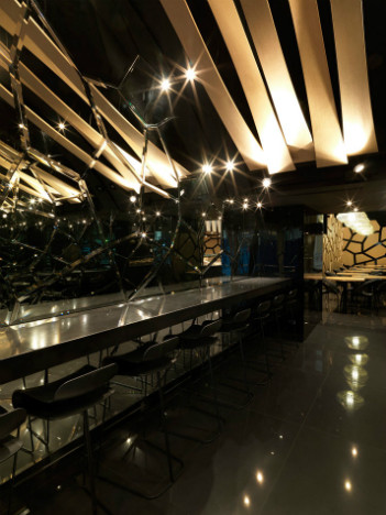 На скорую руку: Фаст-фуды и недорогие кафе 2011 года. Изображение № 77.