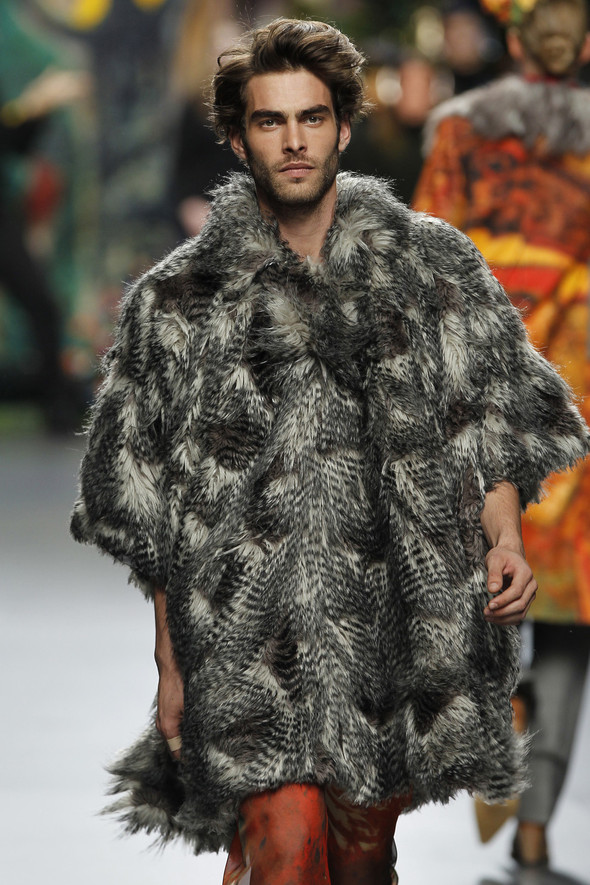 Испанцы Fall Winter 2011/2012: FRANCIS MONTESINOS. Изображение № 2.