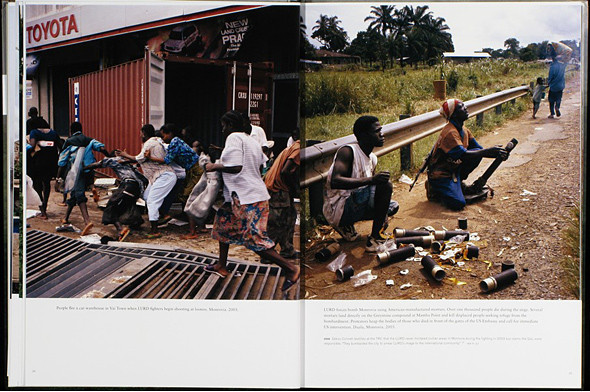 12 альбомов фотографий непривычной Африки. Изображение № 113.
