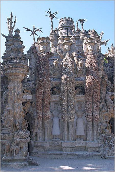 Дворец, построенный почтальоном инсталляция XIXвека. Изображение № 20.