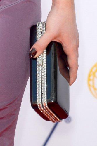 Келли Осборн с маникюром за 250 000 долларов. Изображение № 3.