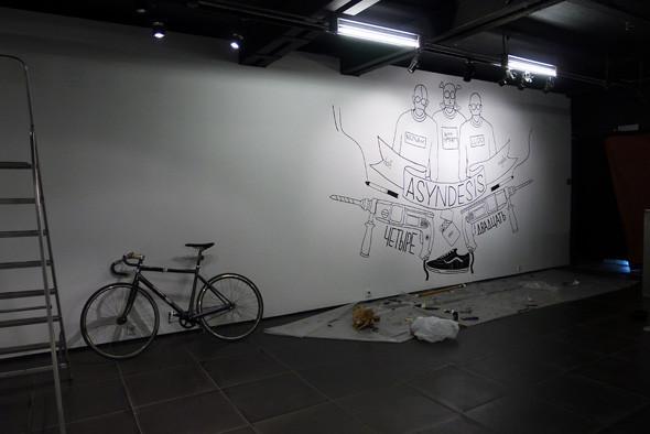 Личный опыт: Как я участвовал в 4-й Московской биеннале. Изображение №15.