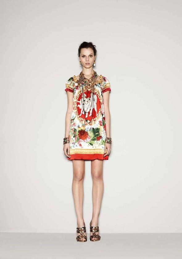 Лукбук: Dolce & Gabbana FW 2011 Women's. Изображение № 35.