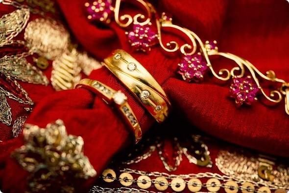 Надя иЧаранджит – Индийская сказка. Изображение № 25.