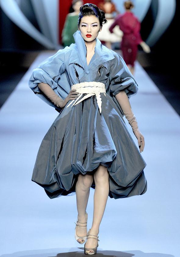Dior Couture 2011. Изображение № 1.
