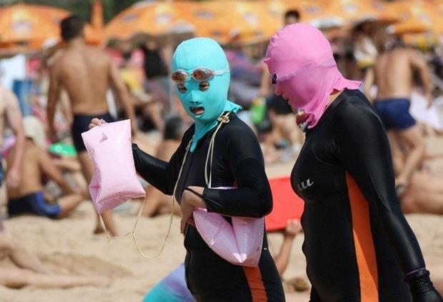 Фейскини - новый тренд пляжной моды в Китае. Изображение № 4.