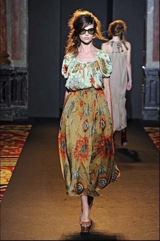 Алена Ахмадуллина на Парижской неделе моды. Изображение № 10.