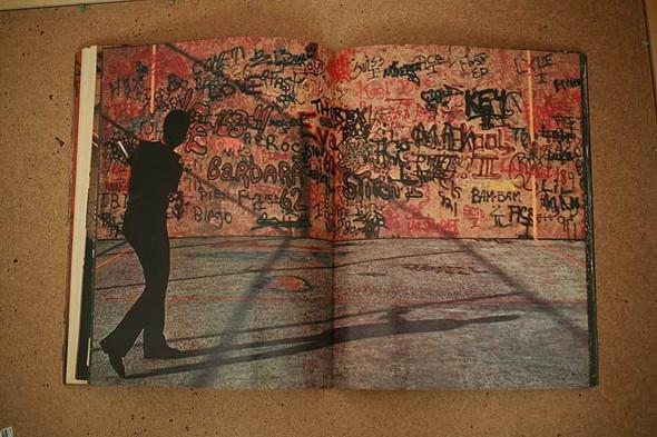 Не ждали: 8 альбомов о стрит-арте. Изображение № 50.