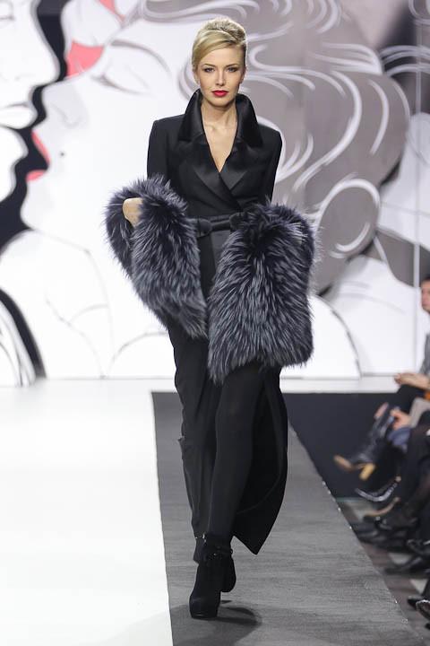 """Коллекция """"La Femme Magnifique"""" Модного Дома Игоря Гуляева. Изображение № 14."""