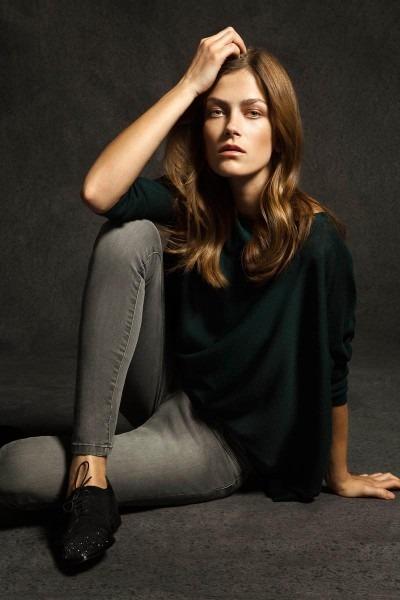 Лукбуки: H&M, Zara, Urban Outfitters и другие. Изображение №48.