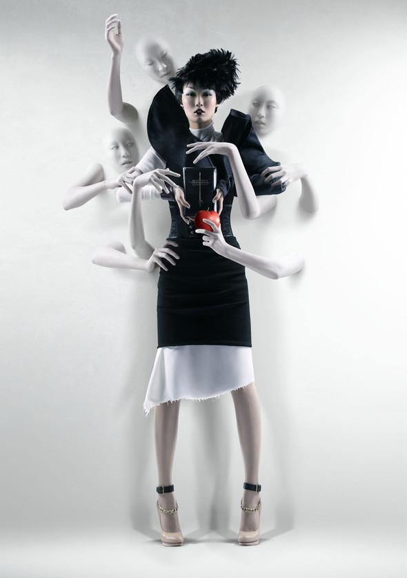Духовное путешествие женщины в фотографиях Blang. Изображение № 5.