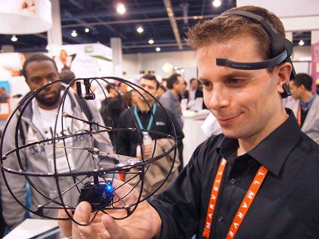 Стив Кастеллотти,  программист и сооснователь  компании Puzzlebox. Изображение № 1.