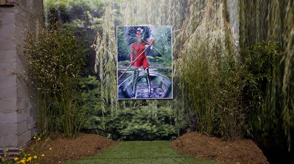Съемка в стиле киберпанк: Незваный гость в райском саду. Изображение № 8.