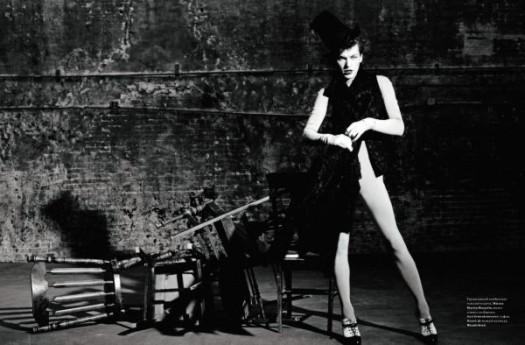 Mila Jovovich. Harper's Bazaar, sept-2009. Изображение № 7.