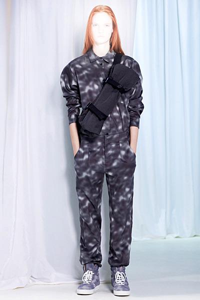 A.P.C., Chanel, MM6, Mother of Pearl, Paule Ka и Yang Li выпустили новые лукбуки. Изображение № 41.