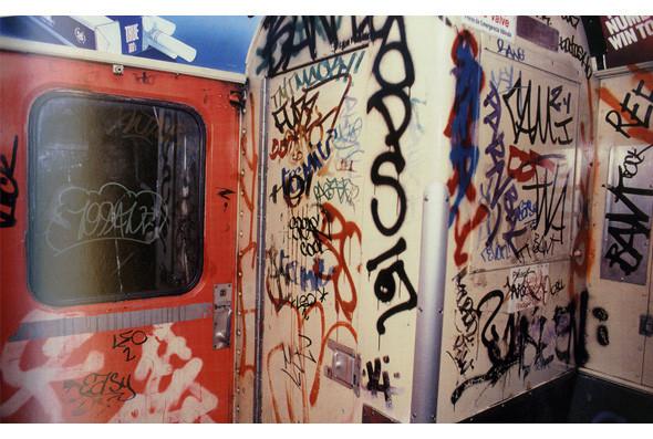 Метрополис: 9 альбомов о подземке в мегаполисах. Изображение № 19.