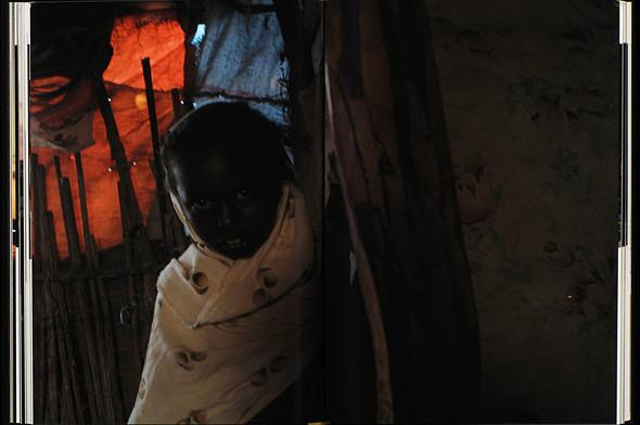 12 альбомов фотографий непривычной Африки. Изображение № 51.