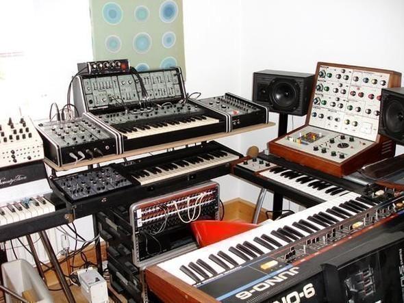 Музыкальная кухня Emperor Machine. Изображение № 2.