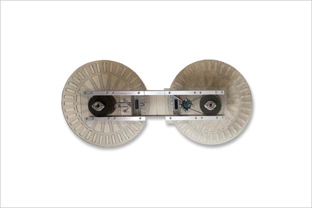 Май 2013-го. Первый прототип ховерборда, который не мог поднять человека. Изображение № 2.