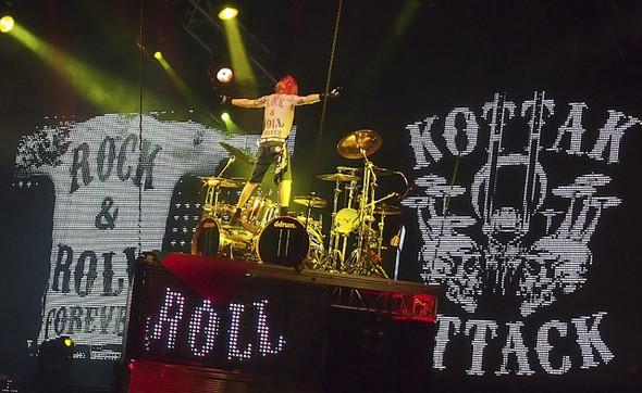 17 апреля концерт легендарной рок-группы Scorpions. Изображение № 2.