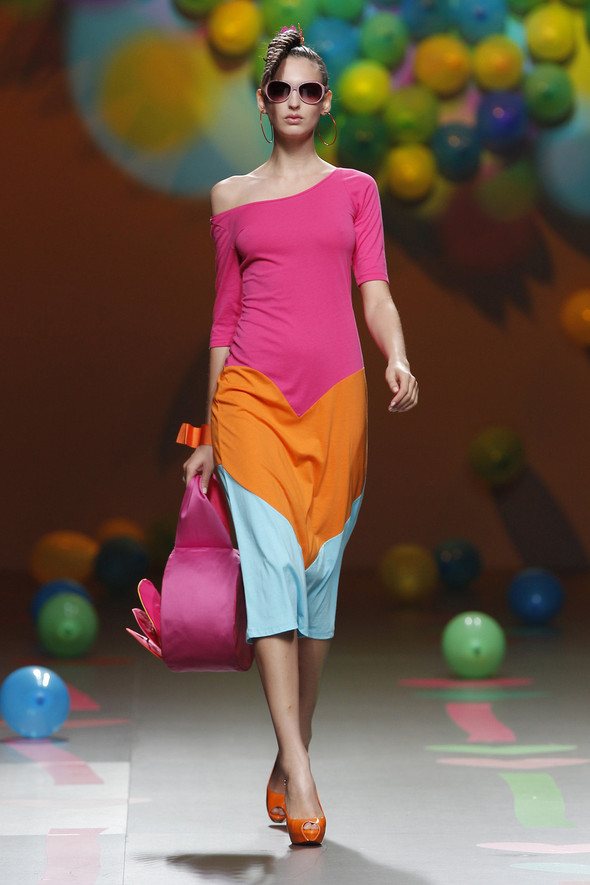 Madrid Fashion Week SS 2012: Agatha Ruiz de la Prada. Изображение № 14.