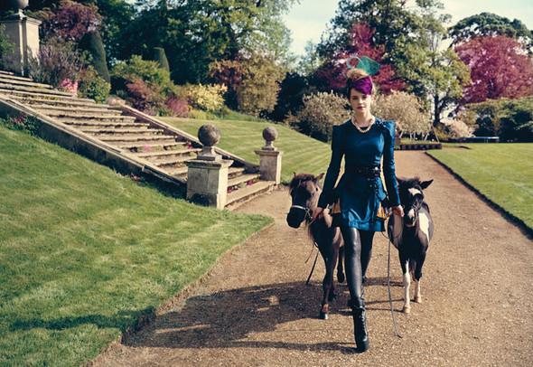 Emma Watson дляTeen Vogue August 2009. Изображение № 6.