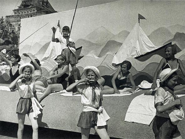 Парад пионеров, 1935 г.. Изображение № 17.