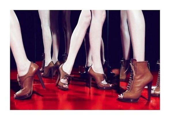 Изображение 42. Рекламные кампании: Celine, Marc Jacobs, Miu Miu и другие.. Изображение № 48.