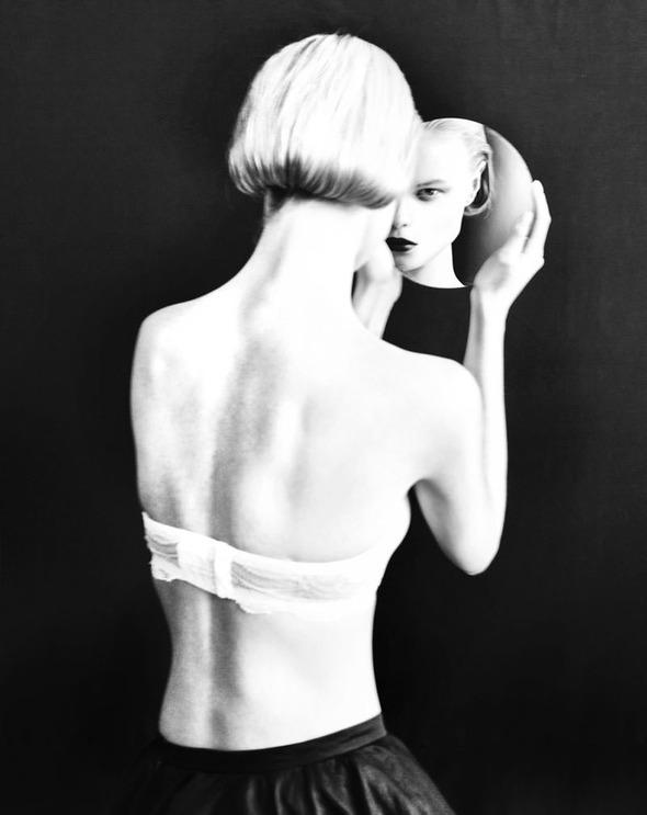 Новые съемки: Vogue, V, Elle и другие. Изображение № 25.