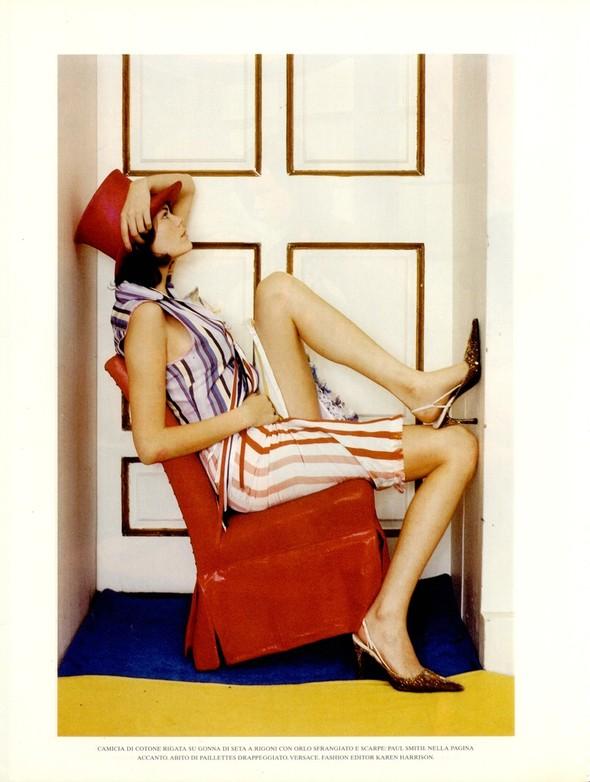 Архивная съёмка: Тим Уокер для итальянского Vogue, 2001. Изображение № 13.