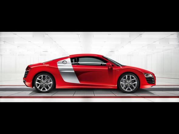 Audi R8 5. 2 FSIquattro. Изображение № 5.