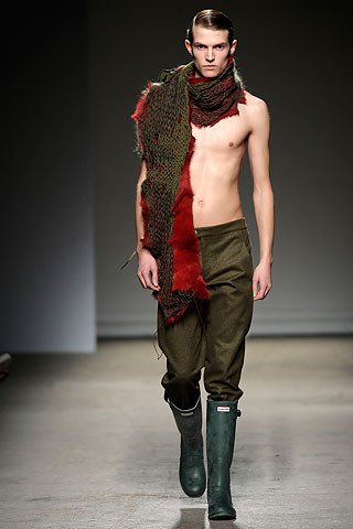 Thimister Haute Couture FW 2010. Изображение № 31.