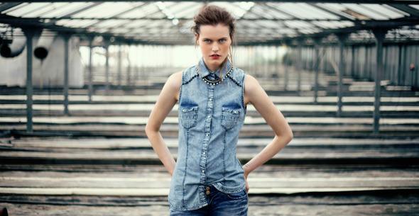 Лукбуки: H&M, Zara, Urban Outfitters и другие. Изображение №6.