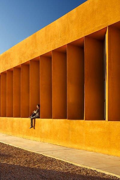Фотограф: Doublespace (Amanda Large & Younes Bounhar) / Здание: Universite Ibn Zohr de Laayoune (Эль-Аюн, Марокко) / Бюро:  Regroupement d'Architectes El Kabbaj / Категория: «Экстерьер». Изображение № 8.