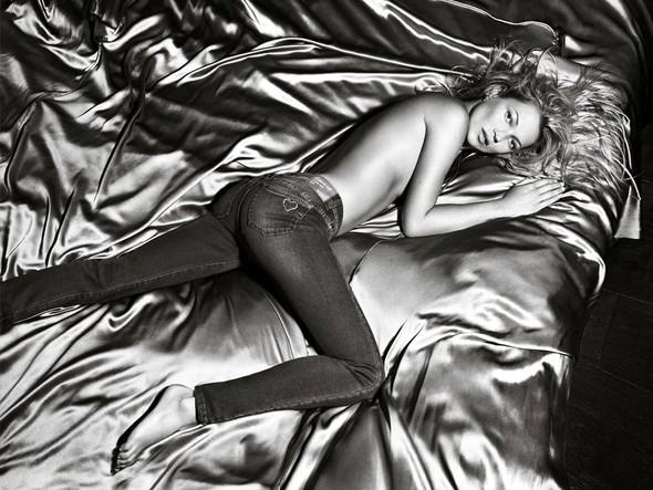 Кампания: Кейт Мосс для Liu Jo SS 2012. Изображение № 7.
