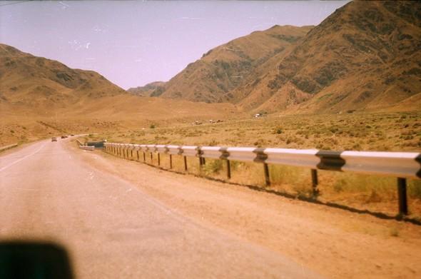 Автостопом до Китая. Изображение № 24.