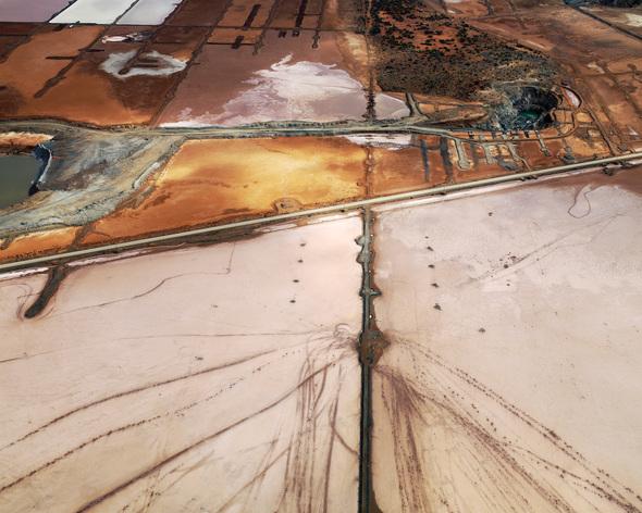 Edward Burtynsky. Exploring theResidual Landscape. Изображение № 7.
