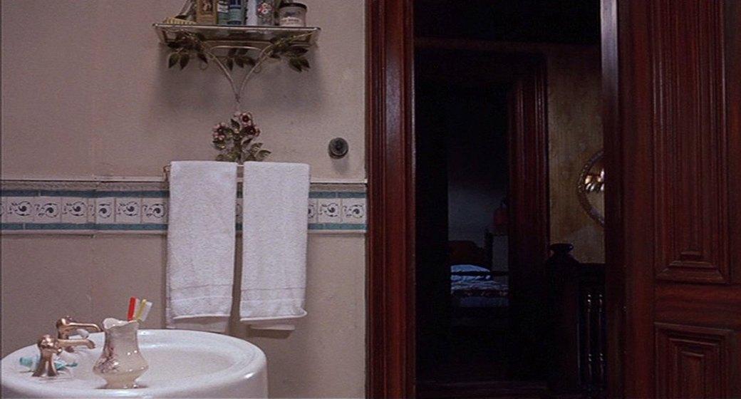 Экскурсия по мотелю из «Психо». Изображение №40.