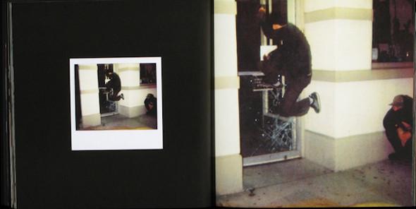 20 фотоальбомов со снимками «Полароид». Изображение №131.