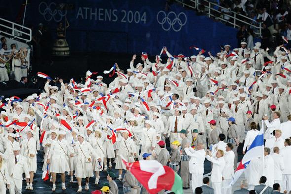 В форме: Дизайнеры и марки, создававшие костюмы для Олимпийских игр. Изображение № 10.
