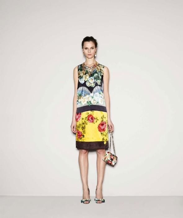 Лукбук: Dolce & Gabbana FW 2011 Women's. Изображение № 37.