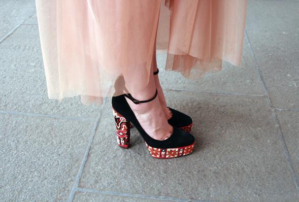 Изображение 12. Детали: Aurora Fashion Week.. Изображение № 11.