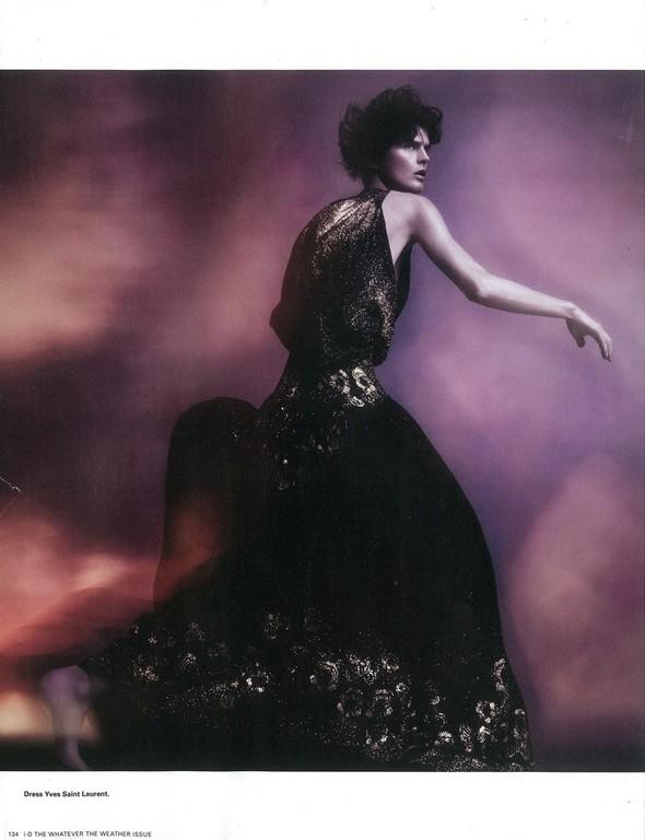 Съёмка: Стелла Теннант для i-D. Изображение № 11.