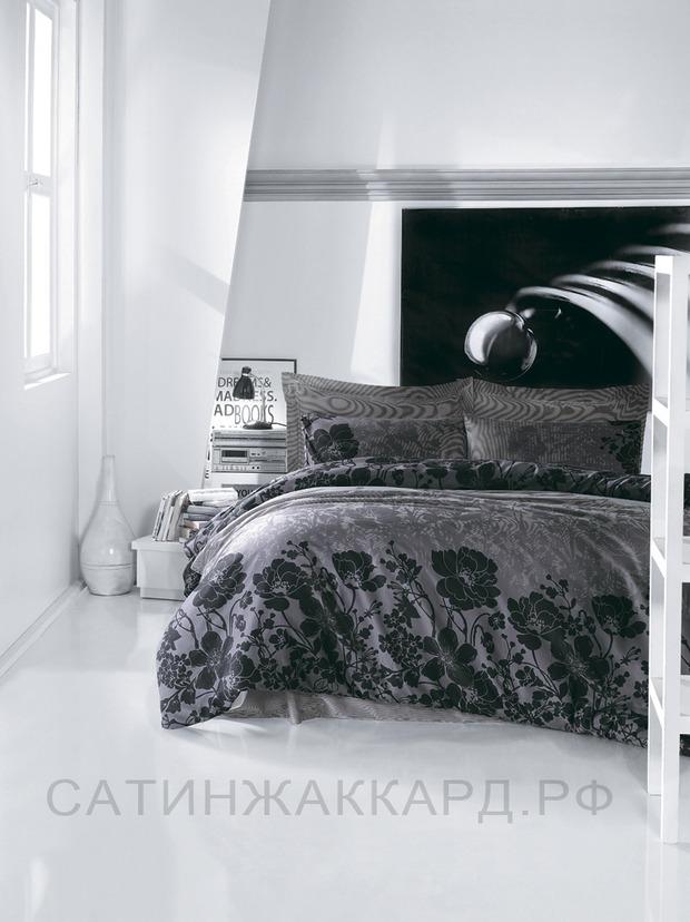 ТОП 10 темных комплектов постельного белья. Изображение № 1.